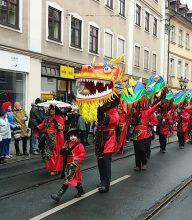 Drache wie beim chinesischen Neujahrsfest