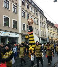 Politisch: die Merkel-Biene