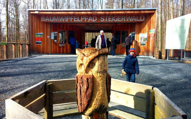 Eingang zum Baumwipfelpfad Steigerwald