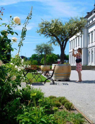 Garten-am-Kurfürstlichen-Schloss-in-Koblenz7_©RosiKmitta