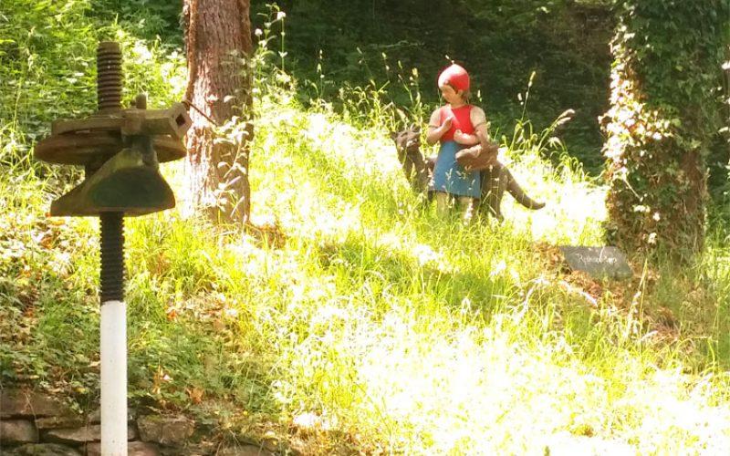 Märchenweg-Rotkäppchen_©RosiKmitta