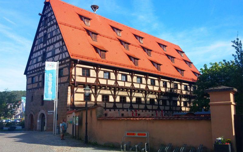 Biermuseum-im-historischen-Kornhaus©RosiKmitta