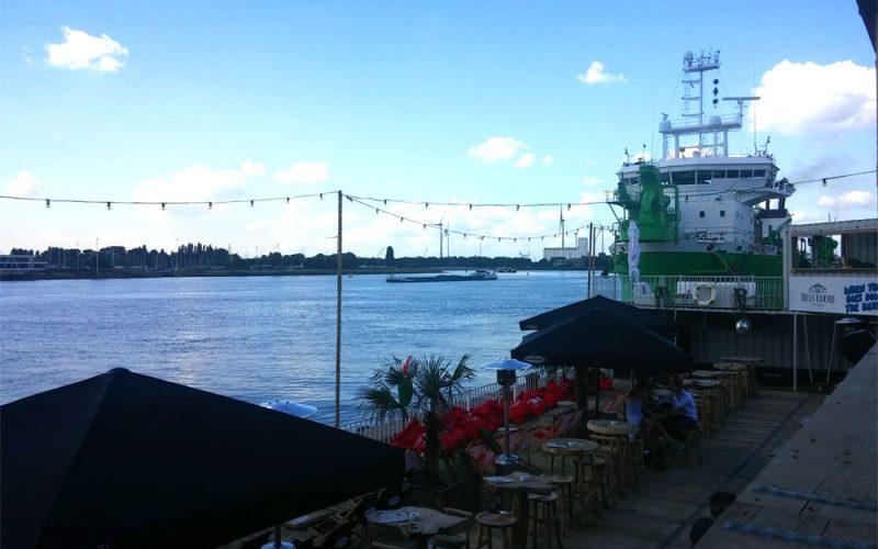 Blick-auf-Schiffe-in-Antwerpen©RosiKmitta
