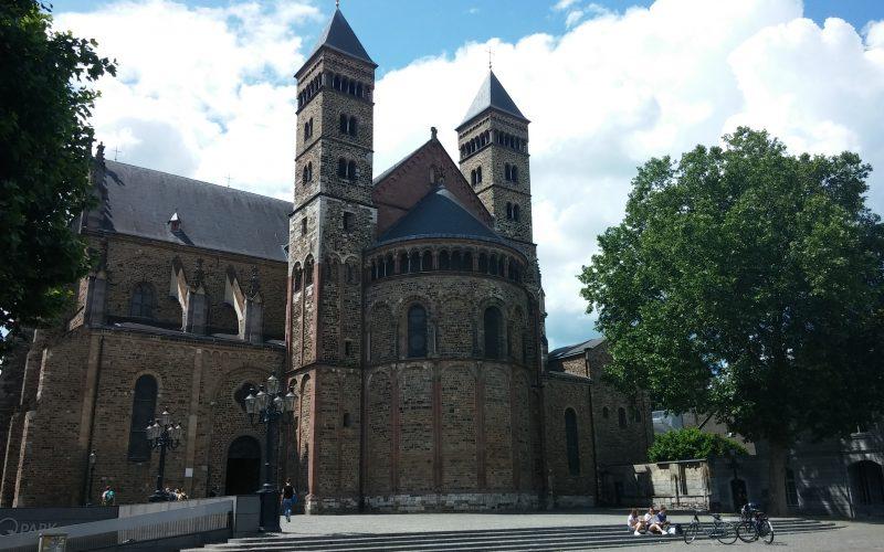 Servatiusbasilika-in-Maastricht©RosiKmitta
